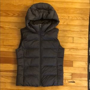 Uniqlo Marled Grey Vest